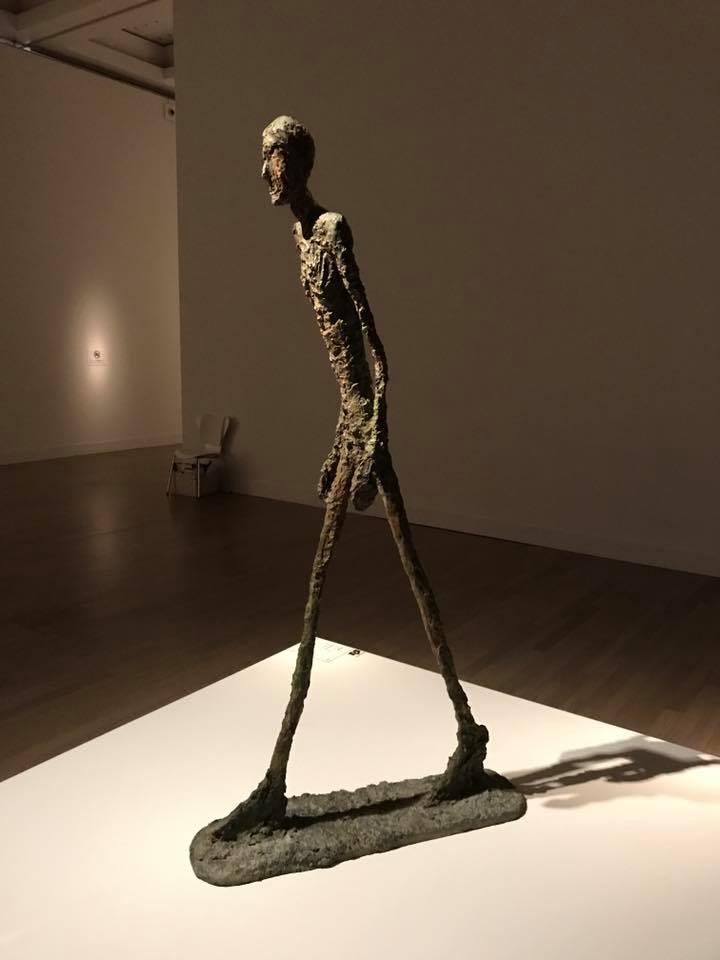 ジャコメッティの彫刻